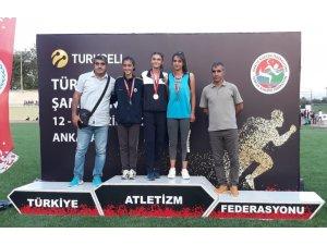Elif Şura, Türkiye üçüncüsü oldu