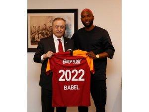 Galatasaray, Babel'i 3 yıllığına kadrosuna kattı