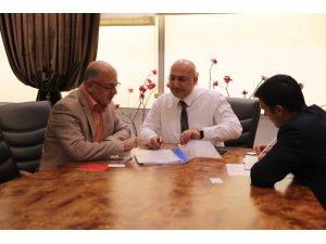 Halk Bankası Genel Müdürü Osman Arslan ATO'da