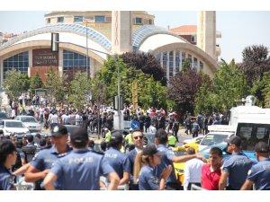 MKE Ankaragücü'nün olağanüstü genel kurulu öncesinde biber gazlı müdahale