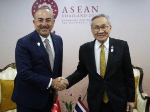 Bakan Çavuşoğlu, Tayland Dışişleri Bakanı Pramudwinai ile görüştü