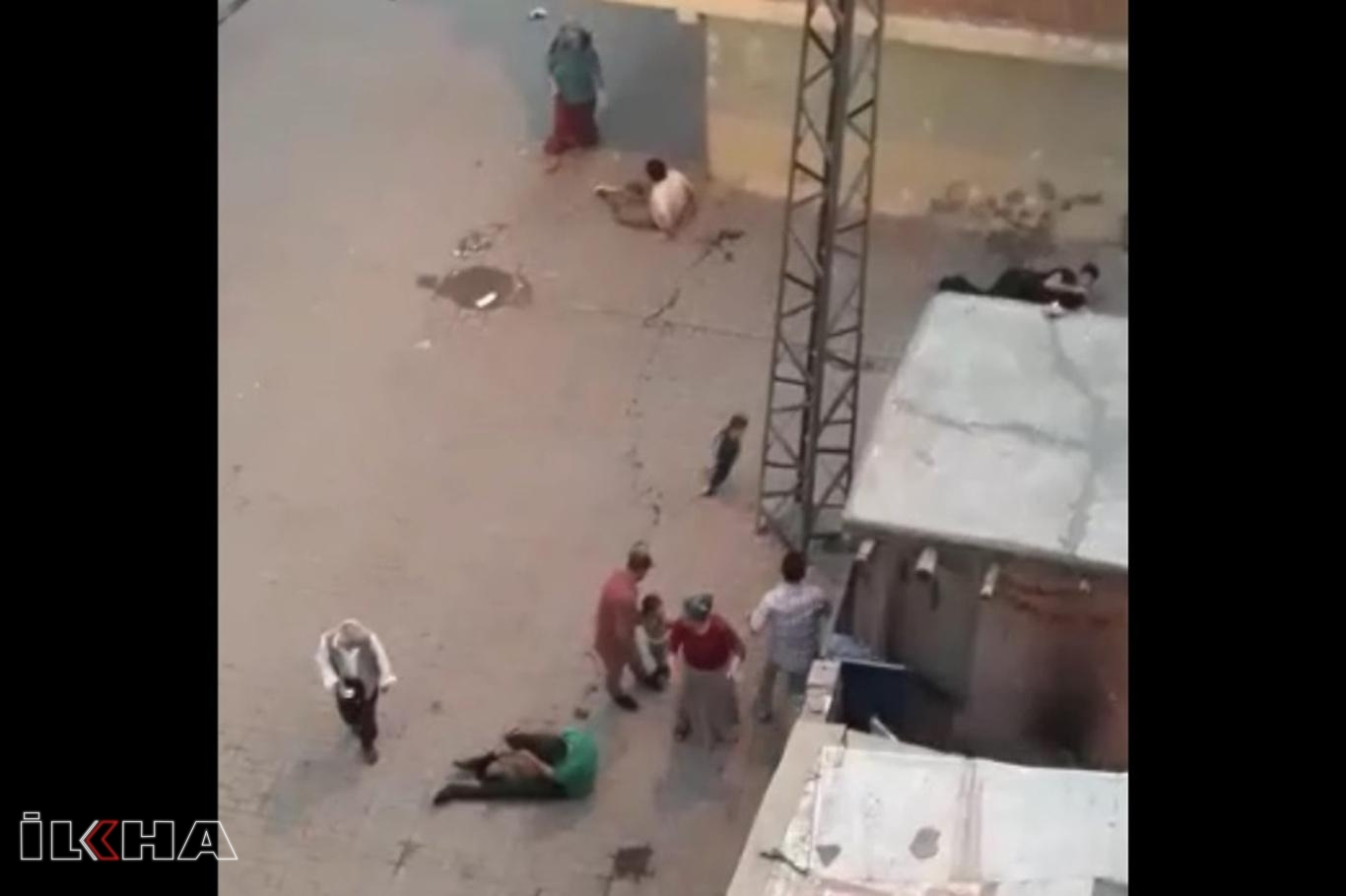 Diyarbakırda silahlı saldırı: 5 yaralı.