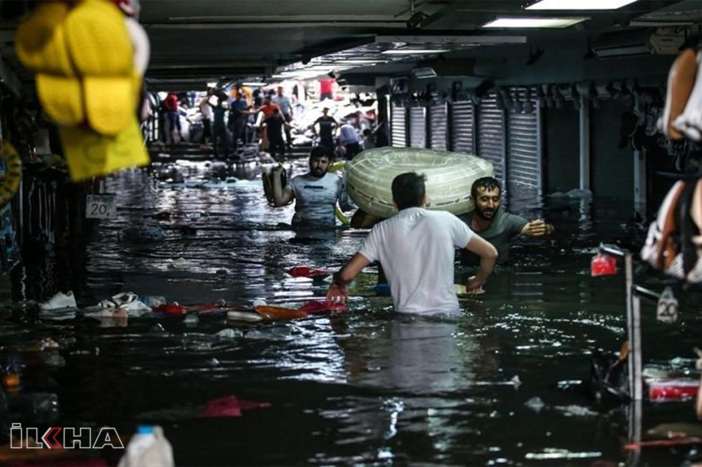 İstanbul Valiliği: Metrekareye 114 kilo yağış