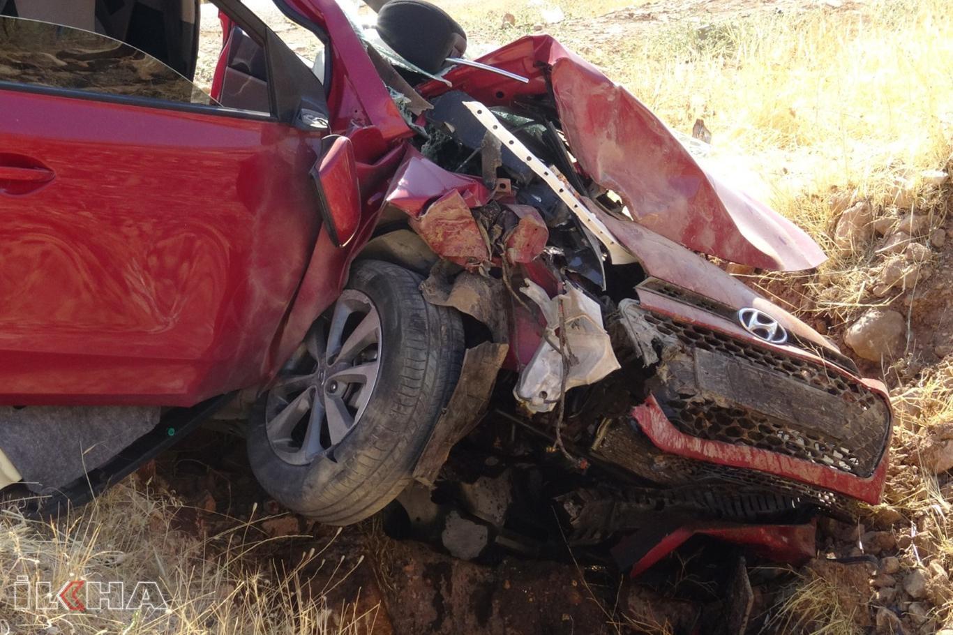 Kontrolden çıkan araç şarampole girdi: Bir ölü 4 yaralı.