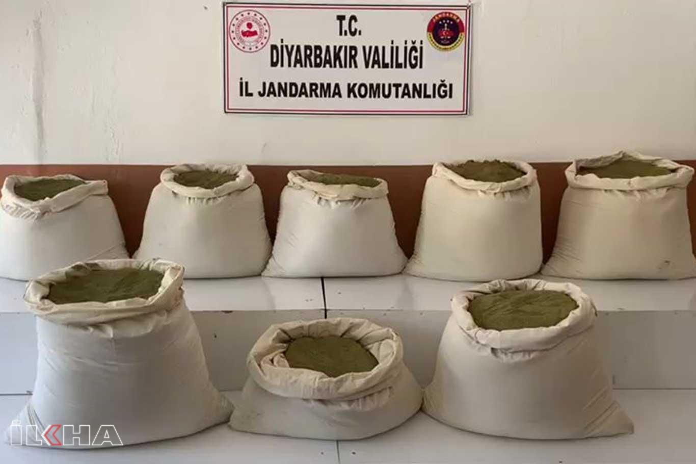 Diyarbakırda 140 kilo esrar ele geçirildi.