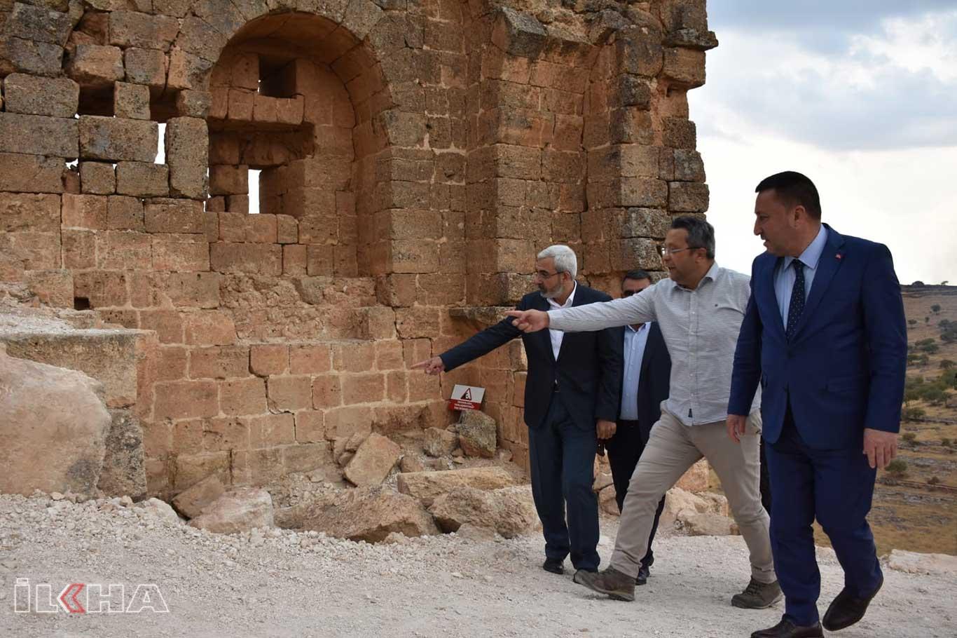 Beyoğlu: Zerzevan Kalesi Dünya Kültür Mirası listesine alınmalı.