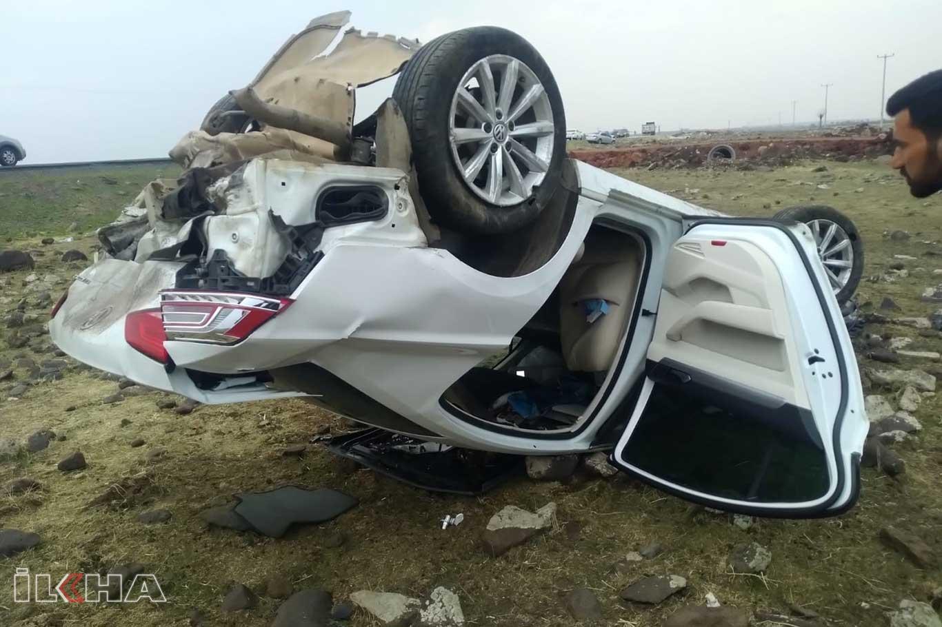 Araç şarampole girdi: 2 yaralı.