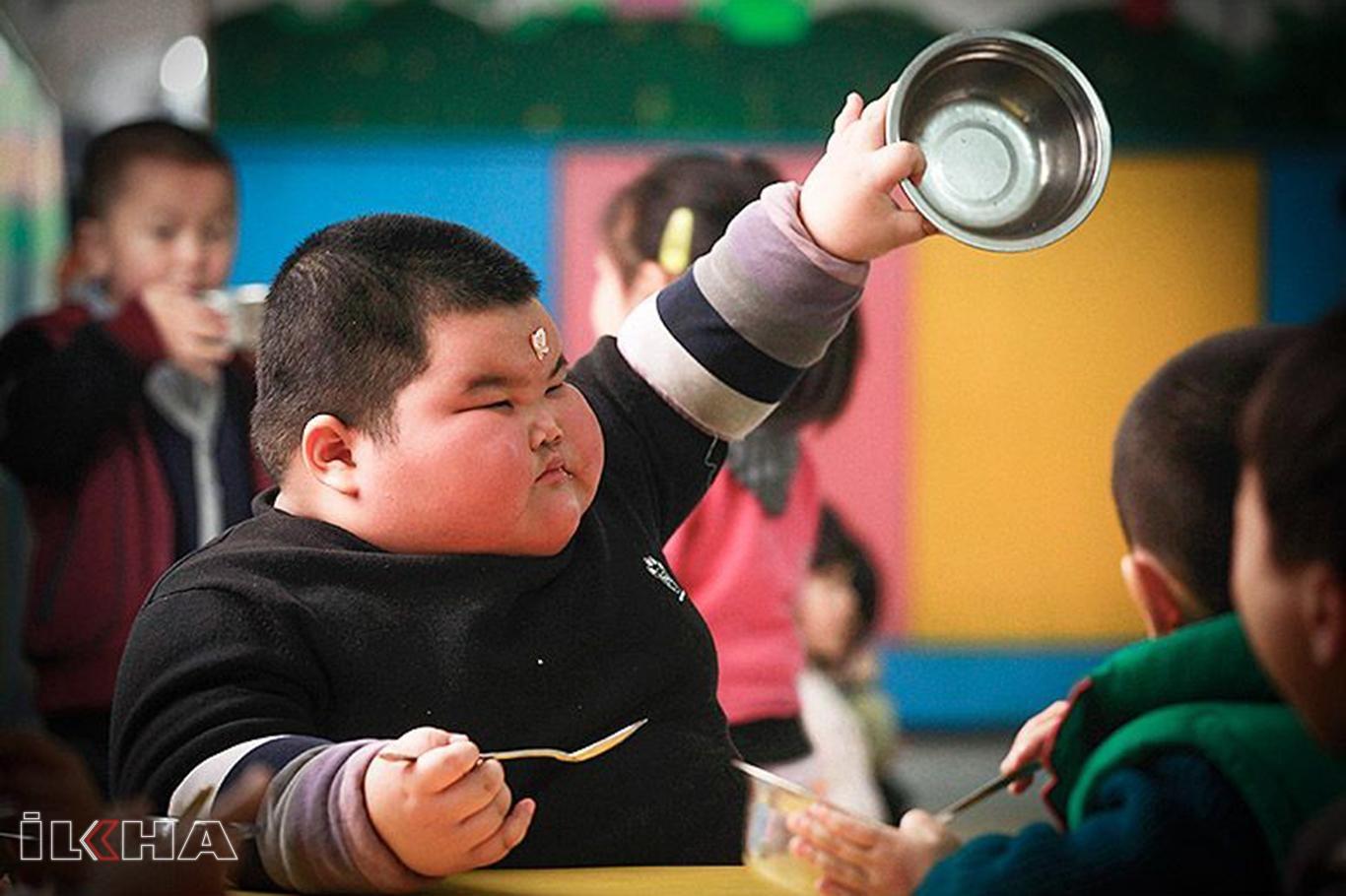 Obezite çocuklar için büyük bir tehdit.