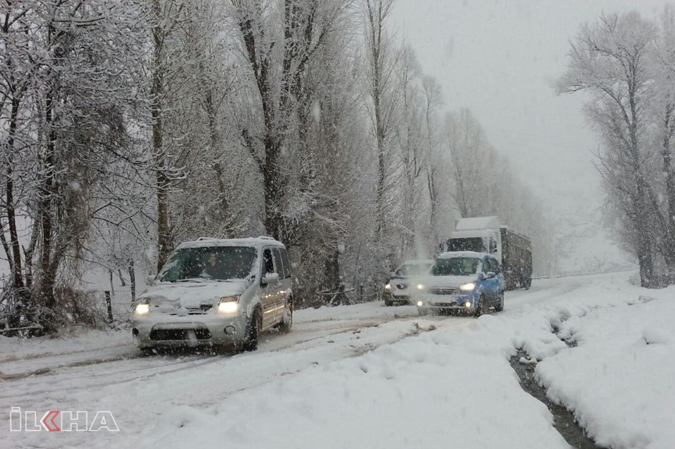 Meteoroloji'nin kar ve sağanak yağış uyarıları sürüyor