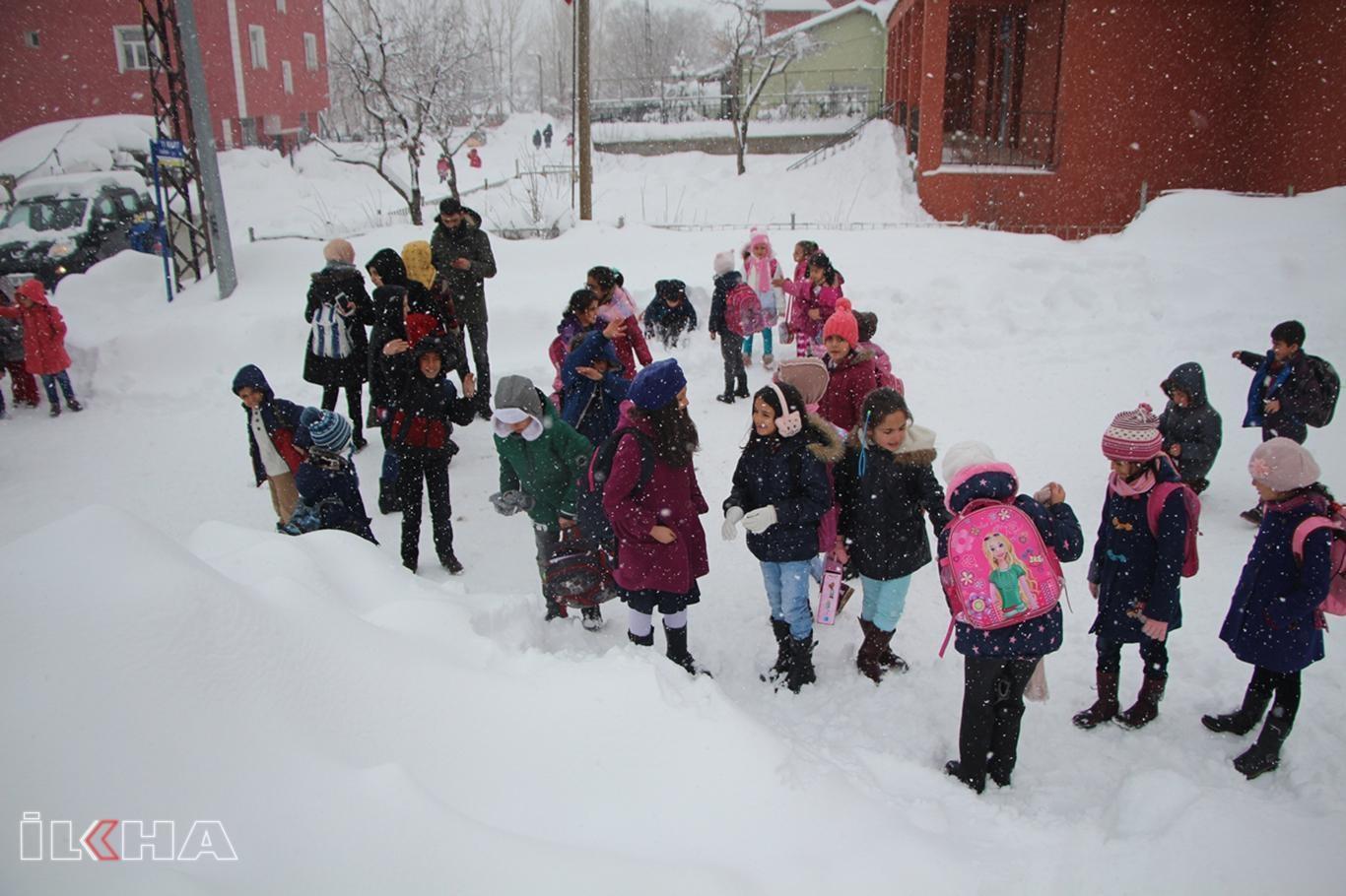 Adıyamanın iki ilçesinde eğitime kar engeli