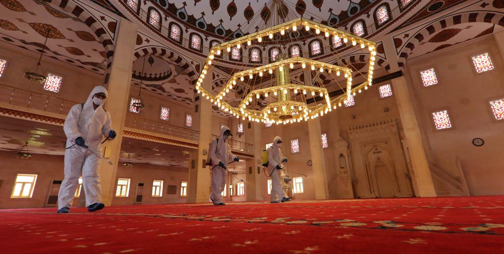 Mardin'de camiler dezenfekte ediliyor