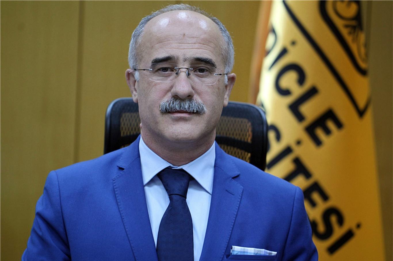 Dicle Üniversitesi Hastaneleri Başhekimi Kadiroğlu görevden alındı