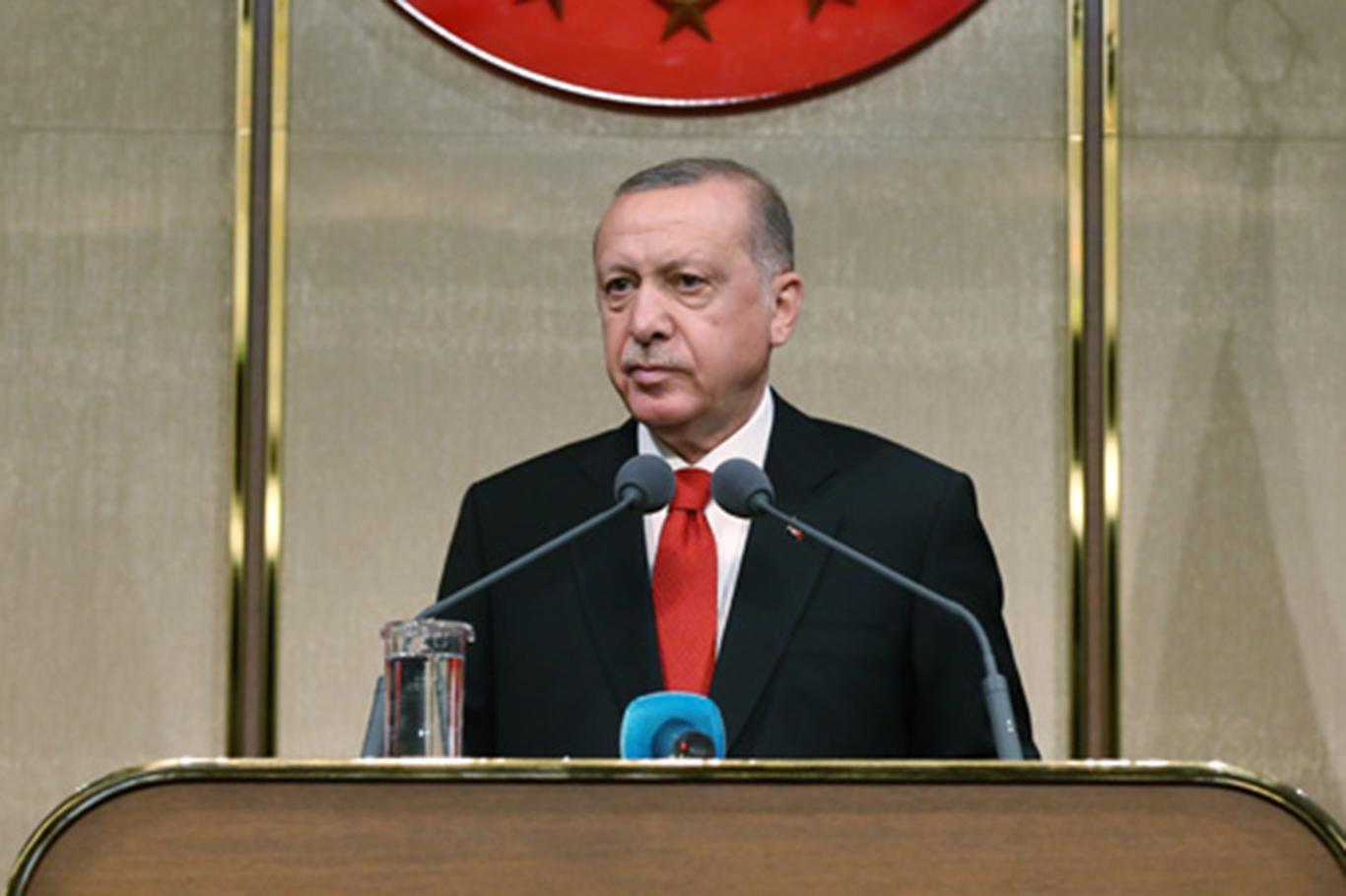 Erdoğan: Camilerimiz ülkenin silüetinde öne çıktıkça hedeflerimize yaklaşıyoruz