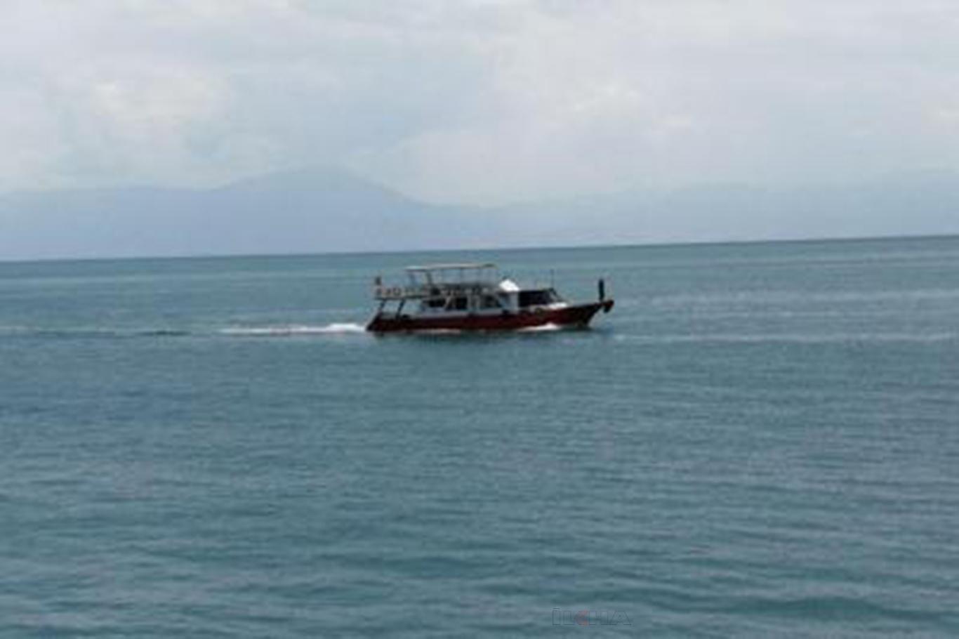 Van Gölü'nde batan tekneye ait yeni görüntüler paylaşıldı