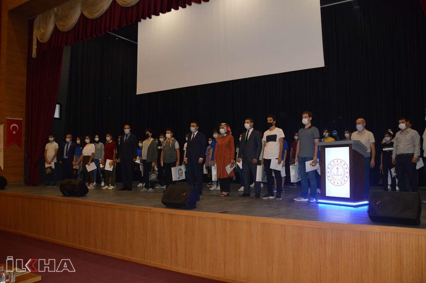 Siirtte LGS sınavında başarı gösteren öğrenciler ödüllendirildi