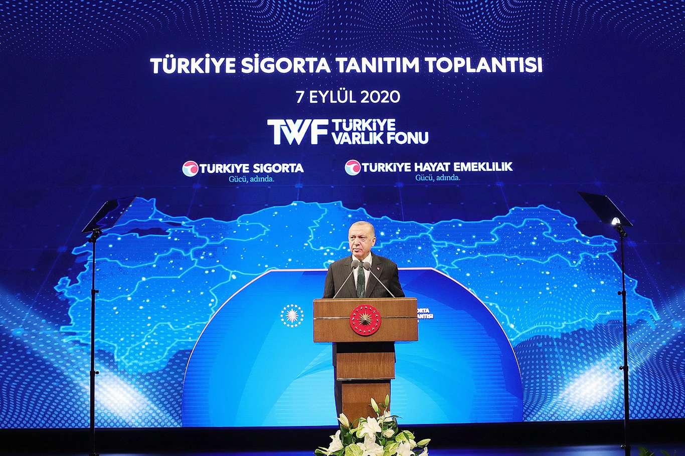 """Cumhurbaşkanı Erdoğan: """"Salgının artçı şoklarını halen hissediyoruz"""""""