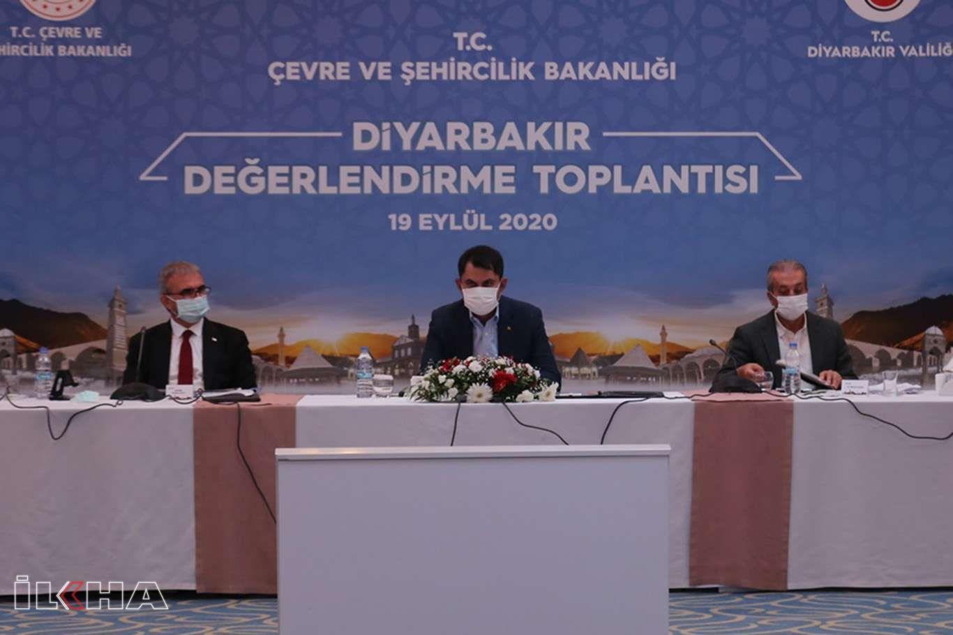 Bakan Kurum, Diyarbakırda hayata geçirilecek projeleri açıkladı