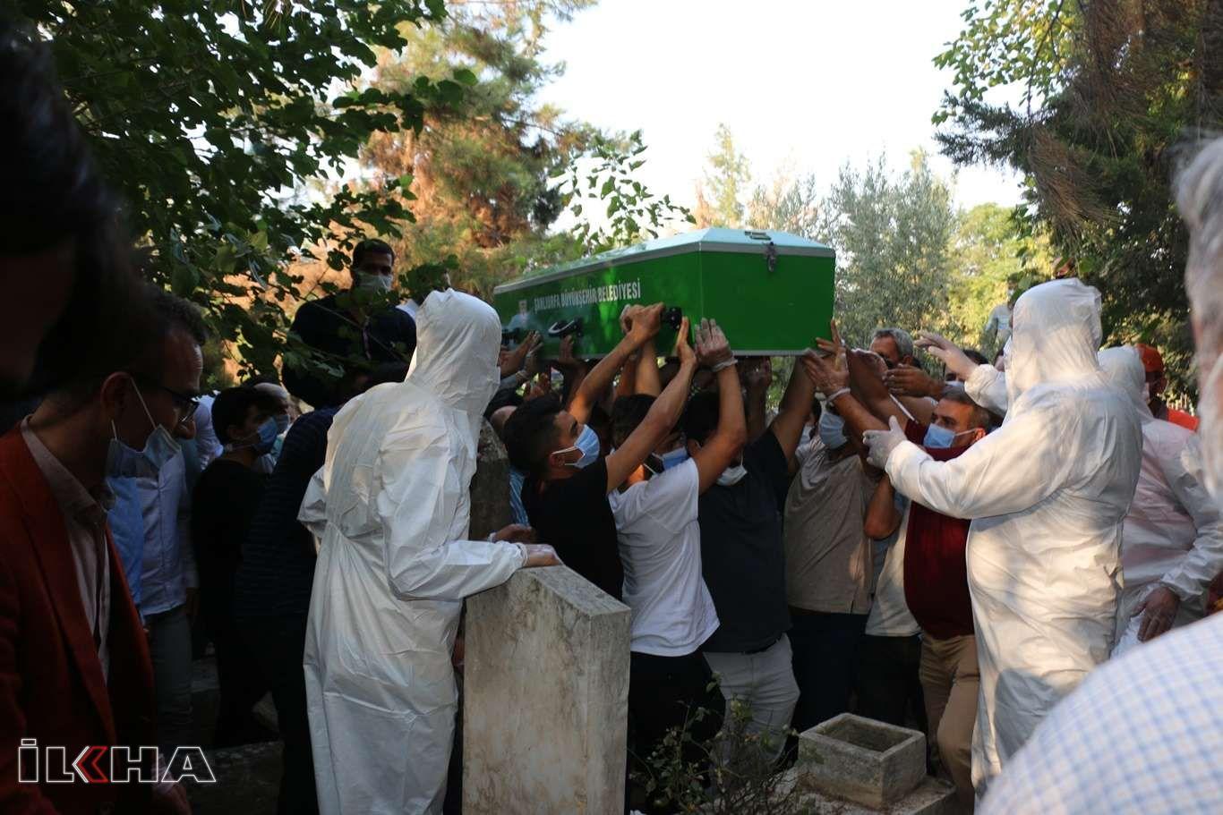 Coronavirus'ten vefat eden iş adamı İbrahim Toru, Şanlıurfa'da defnedildi