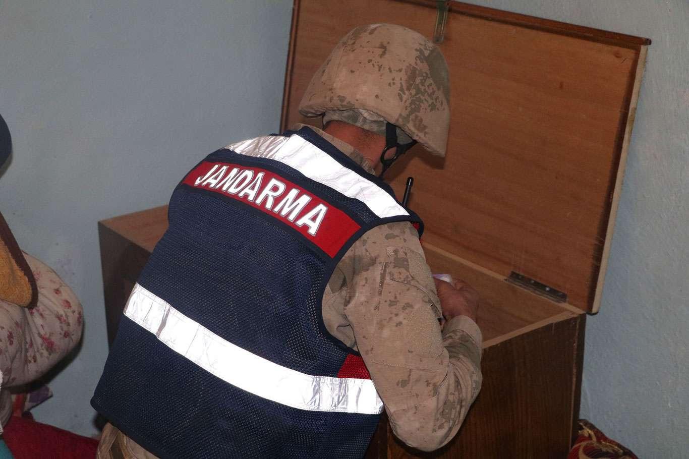 Siirt ve Şırnakta sigara kaçakçılığı operasyonu: 15 gözaltı