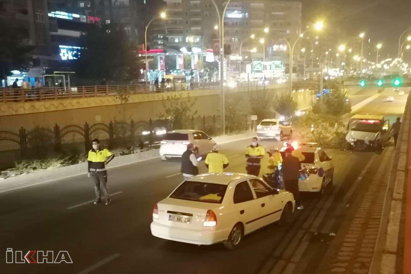 Diyarbakırda trafik kazasında 2 kişi yaralandı