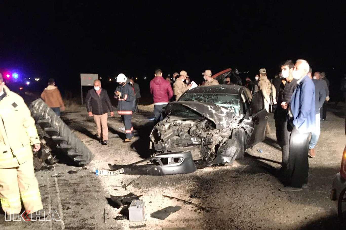 Nusaybin İpekyolu'nda otomobil ile traktörün çarpıştığı kazada 5 kişi yaralandı