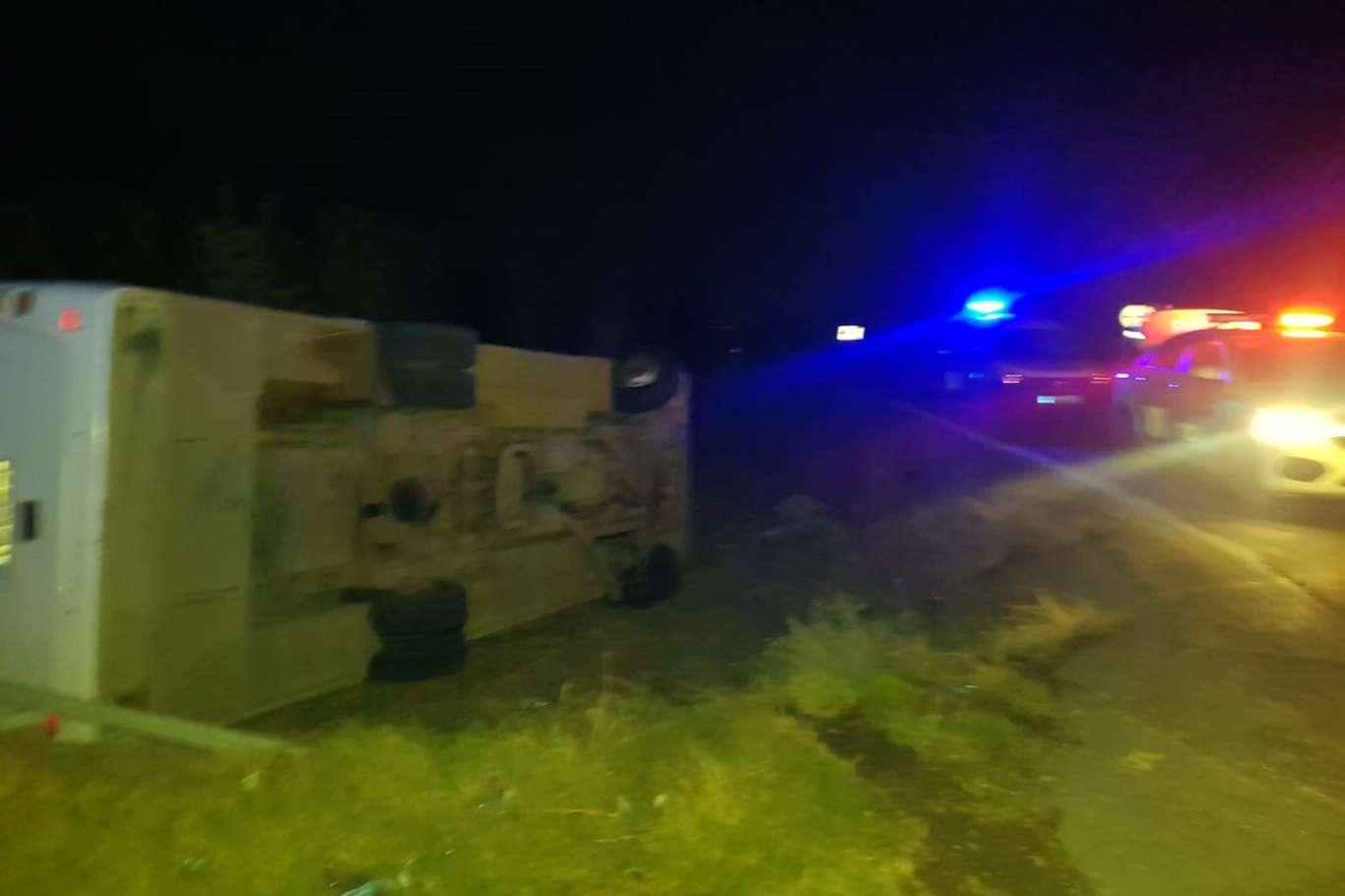 Mersinde polis midibüsü devrildi: 1 ölü 4 yaralı