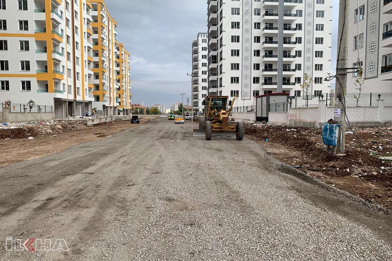 Bağlar belediyesi asfalt çalışmalarına devam ediyor