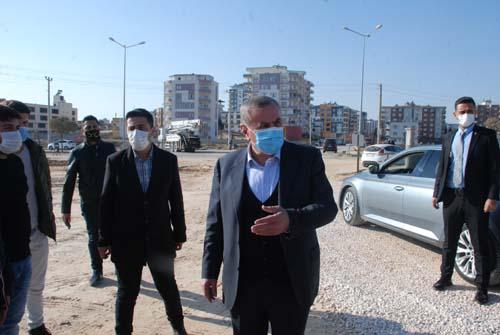 Başkan Şahin, Midyat Spor Kompleksi'ni Gezdi