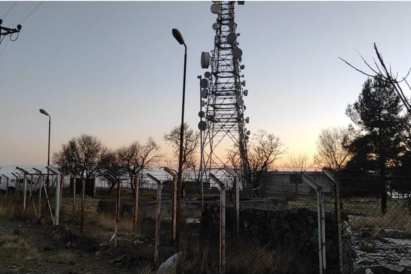Deprem sinyal tespit cihazına ait kabloları çalan 2 şüpheli yakalandı