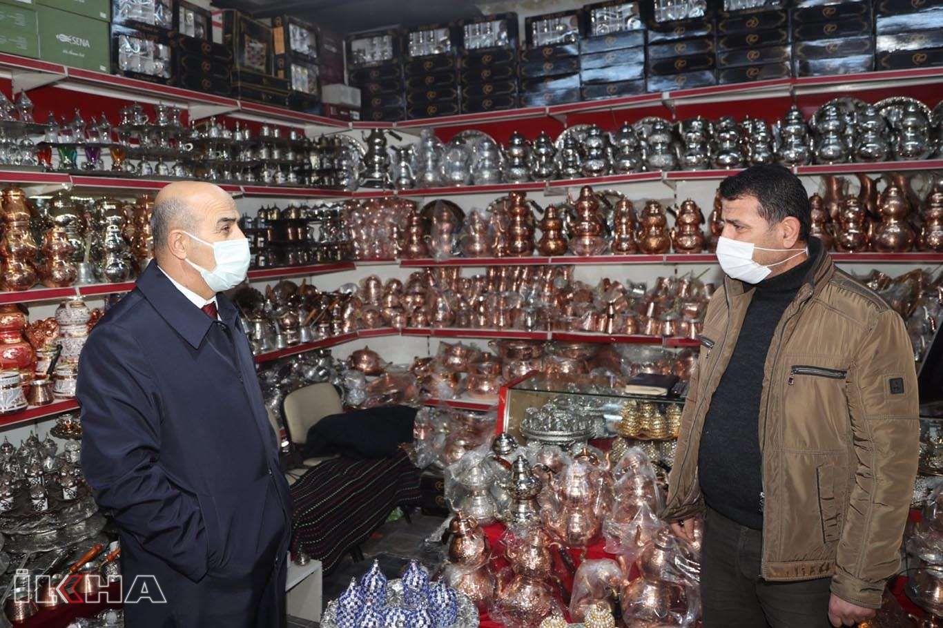 Mardin Valisi Demirtaş esnafı ziyaret etti