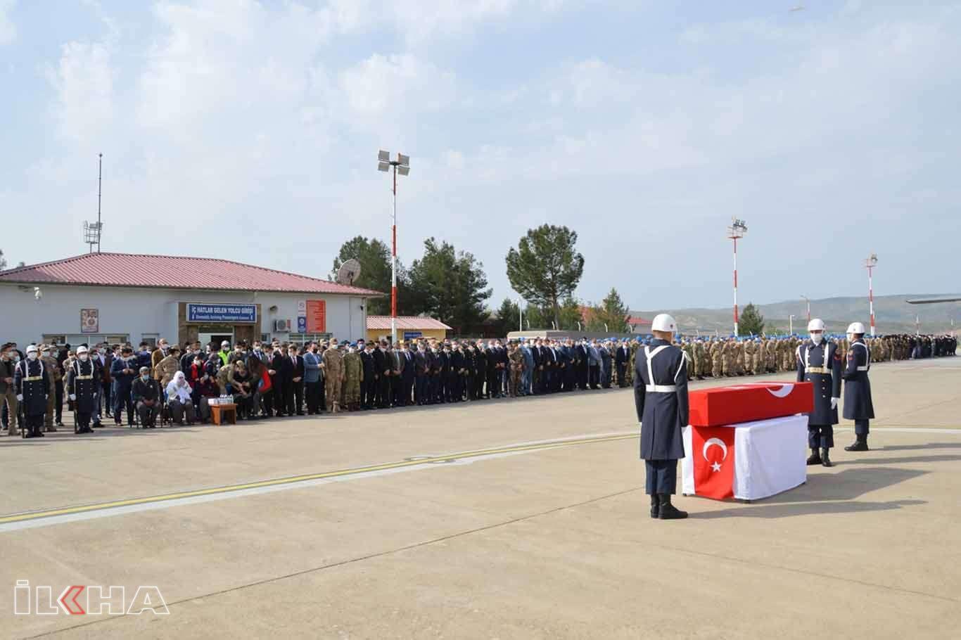 Jandarma Uzman Çavuş Erkan Erdemin naaşı memleketine uğurlandı