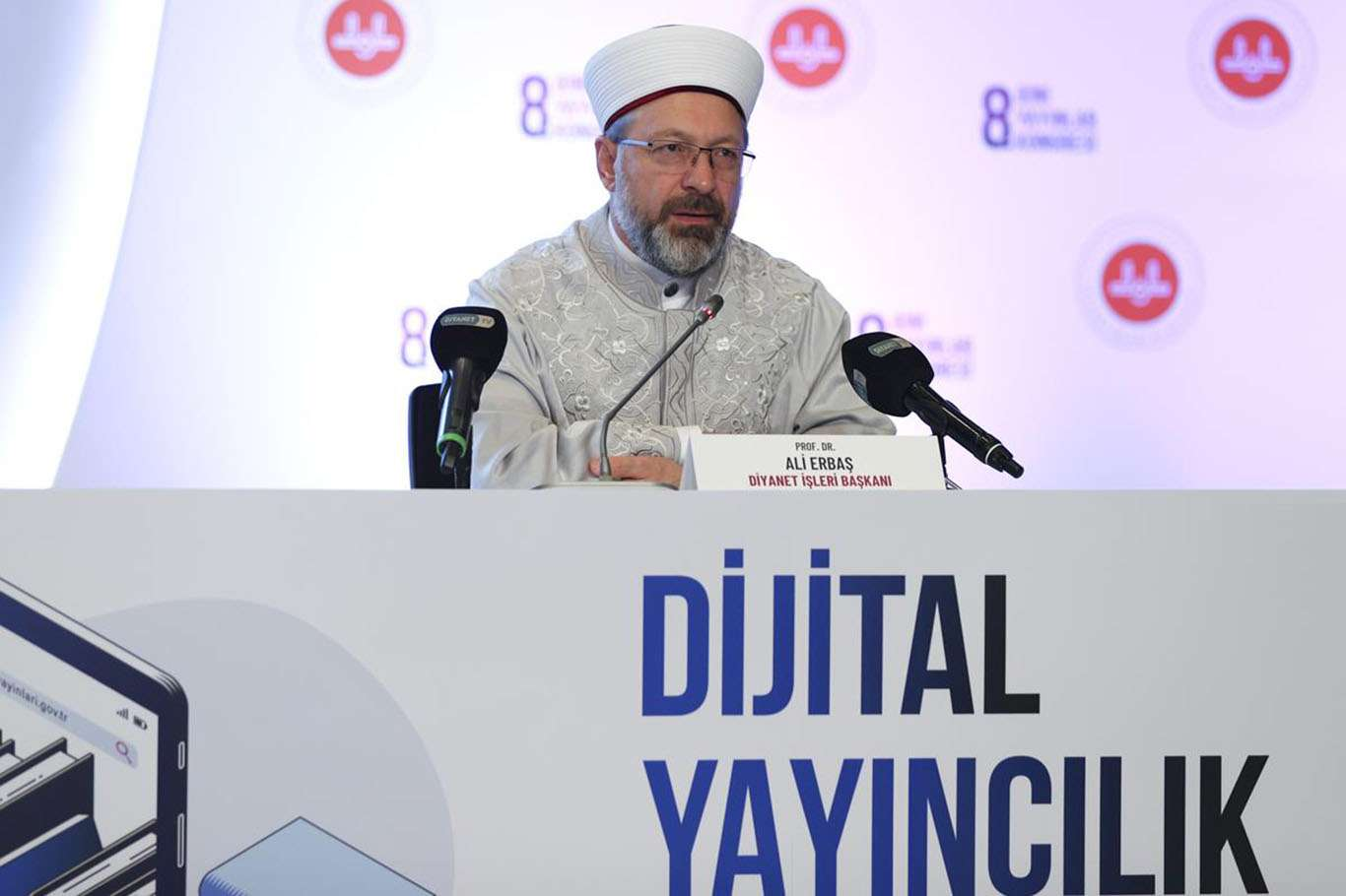 Diyanet İşleri Başkanı Erbaş: Gelişen teknoloji dijitalleşmeyi zorunluluk haline getirdi