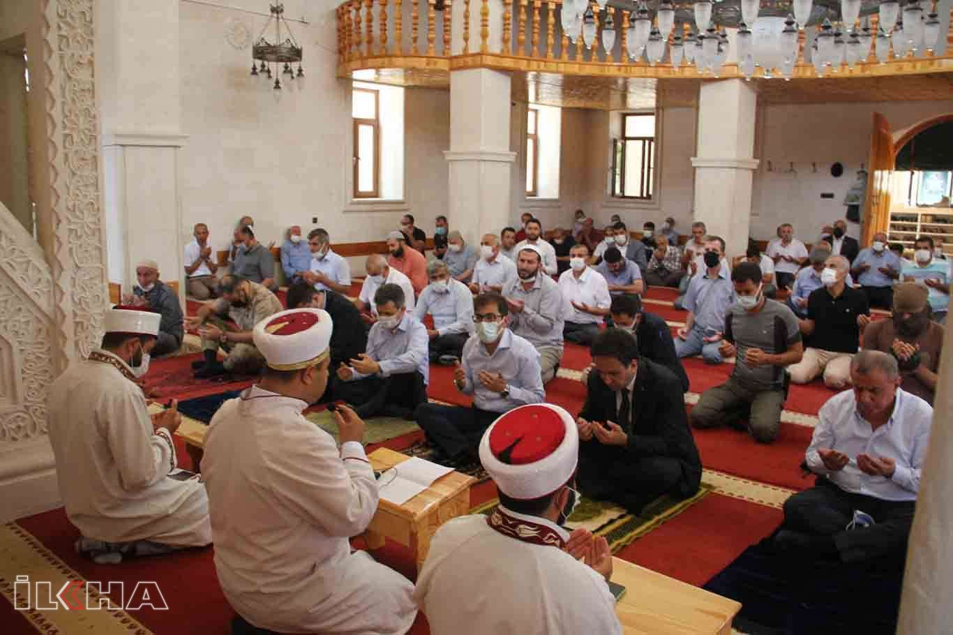 Mardinde 15 Temmuz şehidleri için üç dilde Mevlid okutuldu