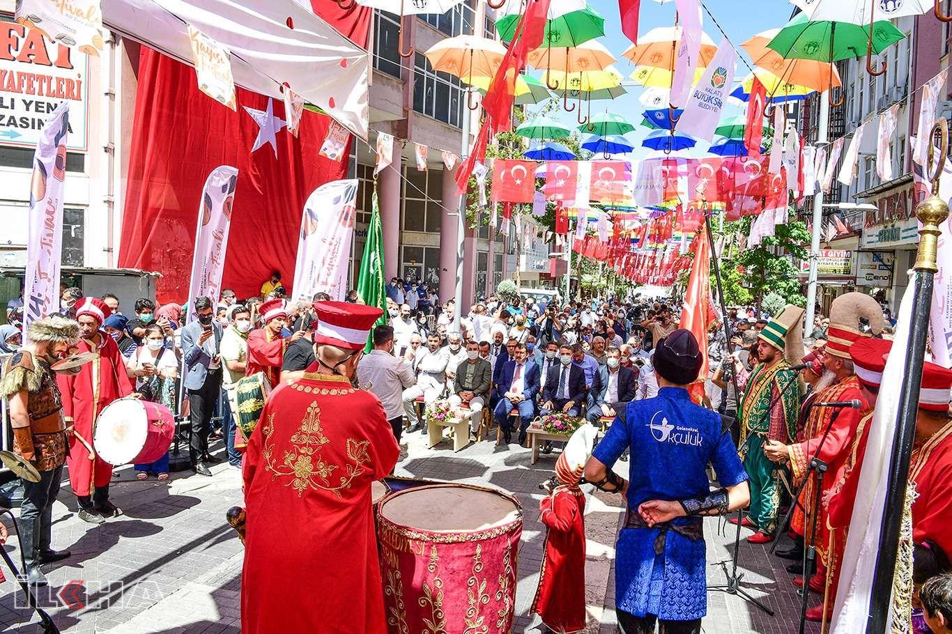 24. Malatya Kültür Sanat ve Kayısı Festivali başladı