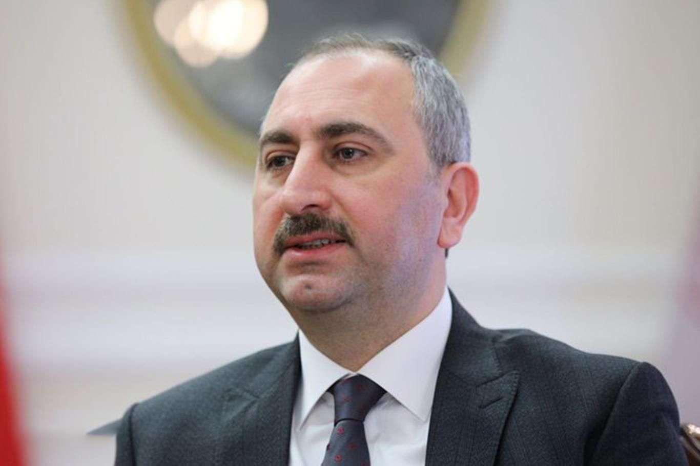 Adalet Bakanı Gülden çıkan yangınlara ilişkin açıklama