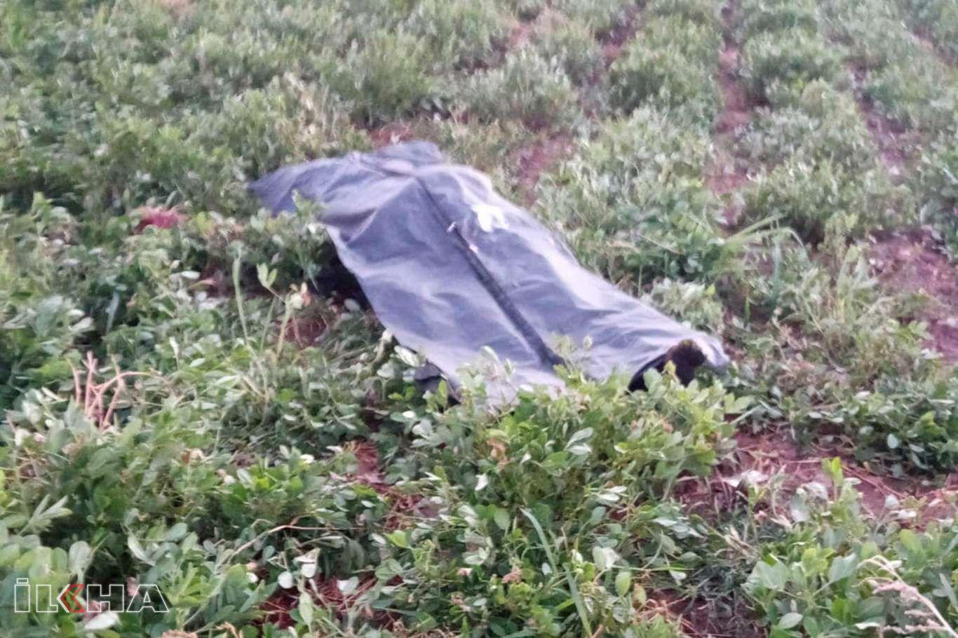 Devrilen otomobilin sürücüsü hayatını kaybetti