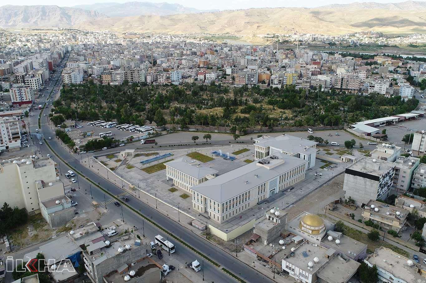 Cizre Belediyesi yeni hizmet binasına taşınıyor