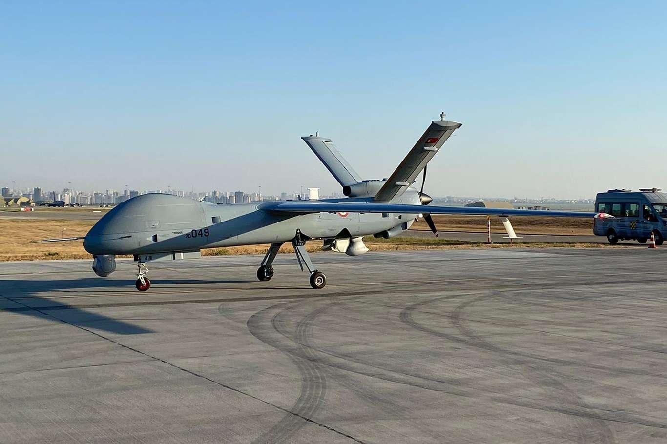 Hava Kuvvetleri Komutanlığına 2 ANKA-SİHA verildi