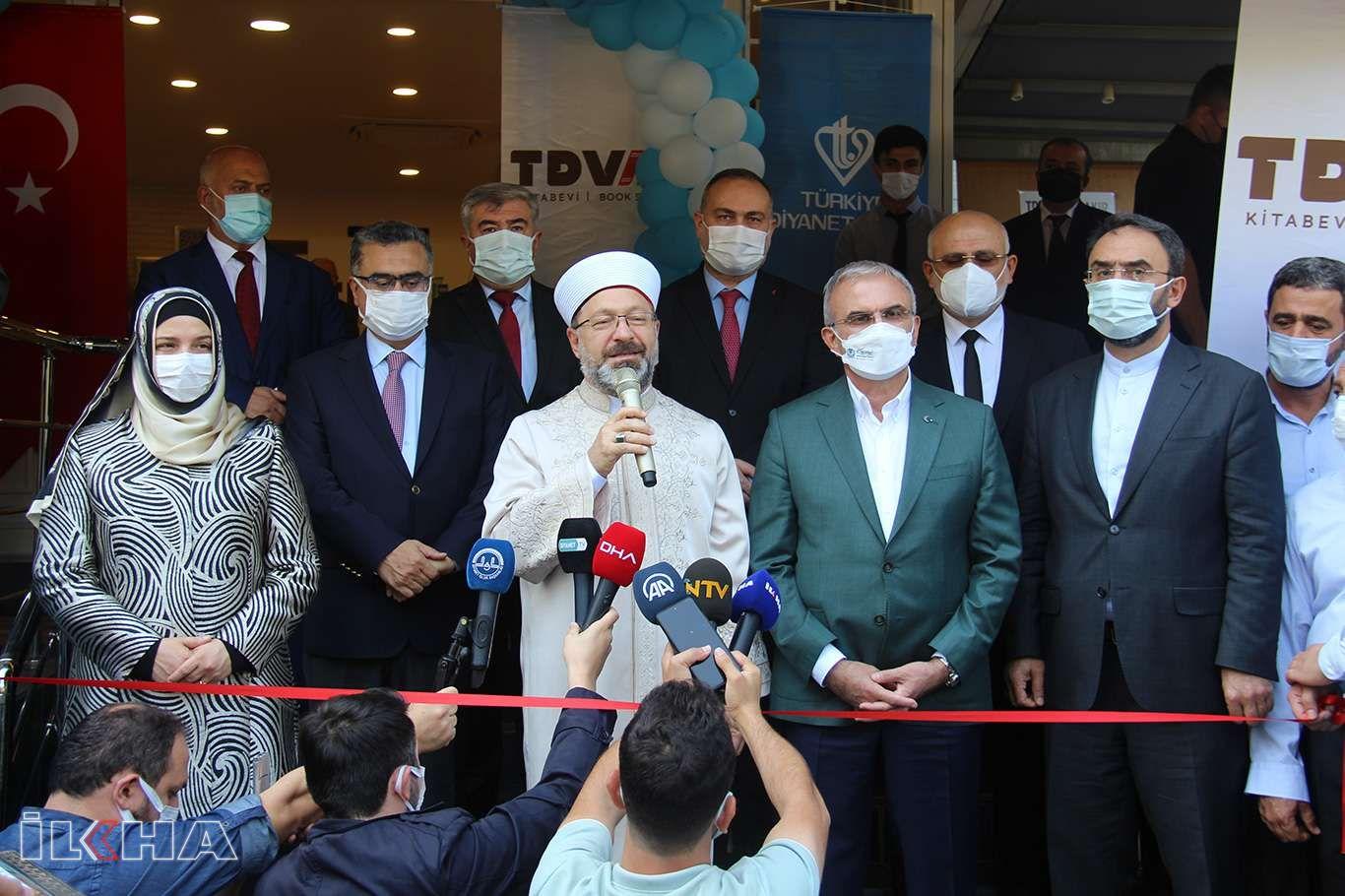 Diyanet İşleri Başkanı Prof. Dr. Ali Erbaş Diyarbakırda