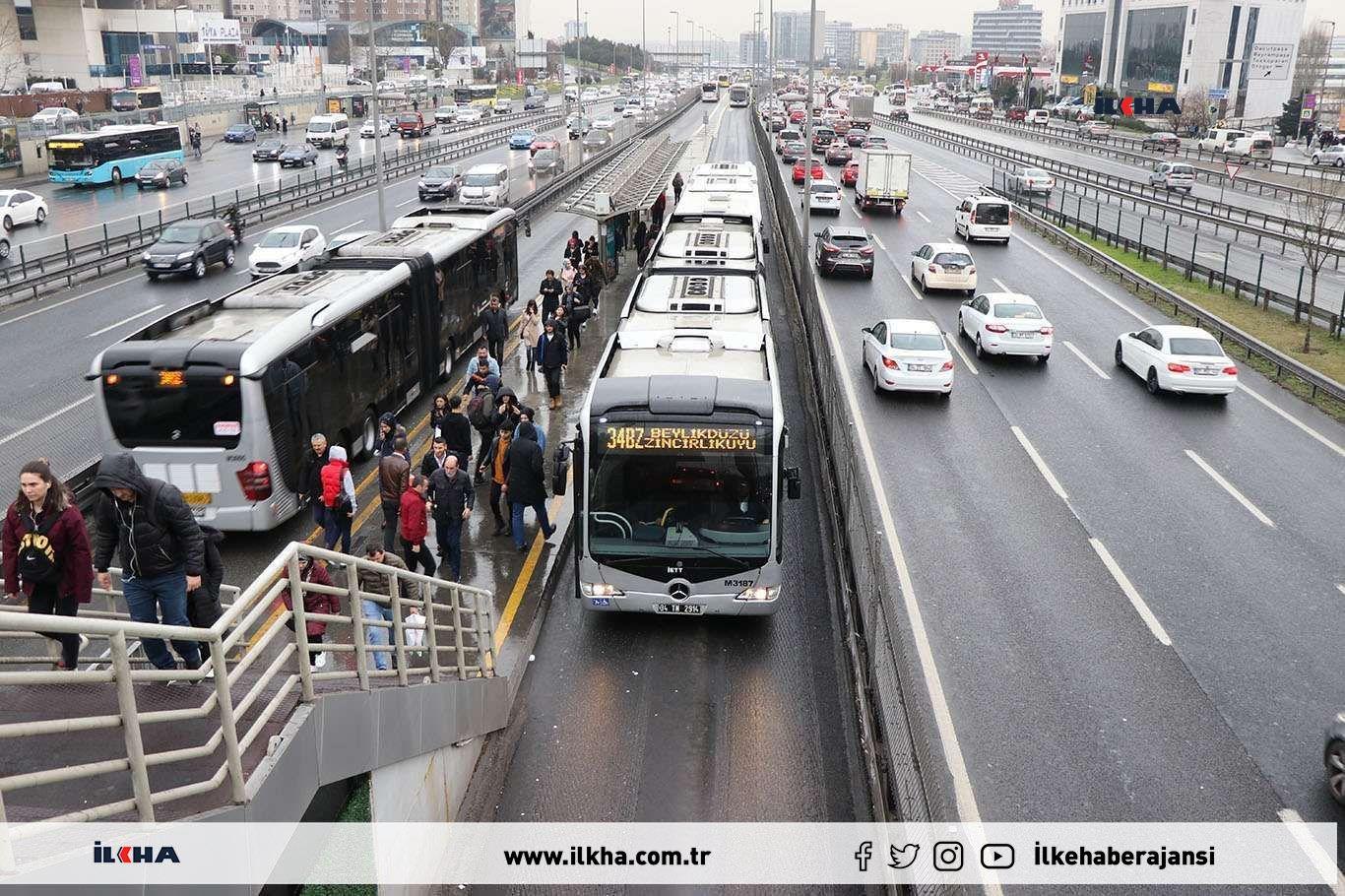 İstanbulda sağlıkçılar toplu taşıma ve İSPARKı ücretsiz kullanmaya devam edecek
