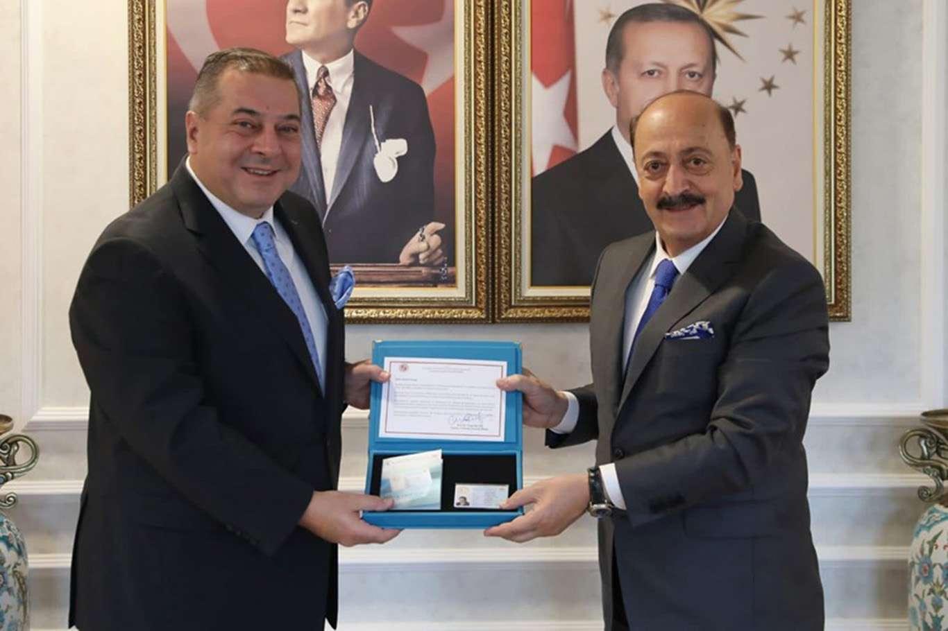 Türkiye'de yabancı girişimciye turkuaz kart uygulaması başladı