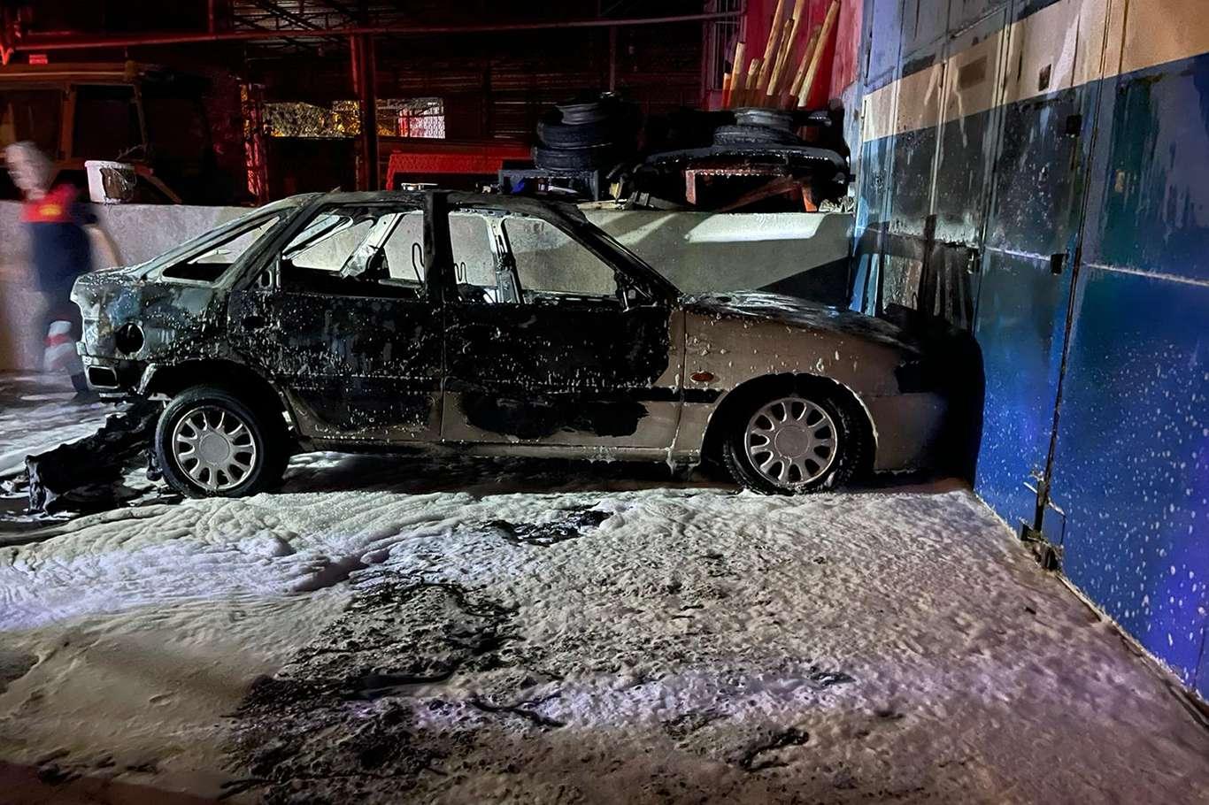 Şanlıurfada maddi hasara neden olan 2 farklı yangın çıktı