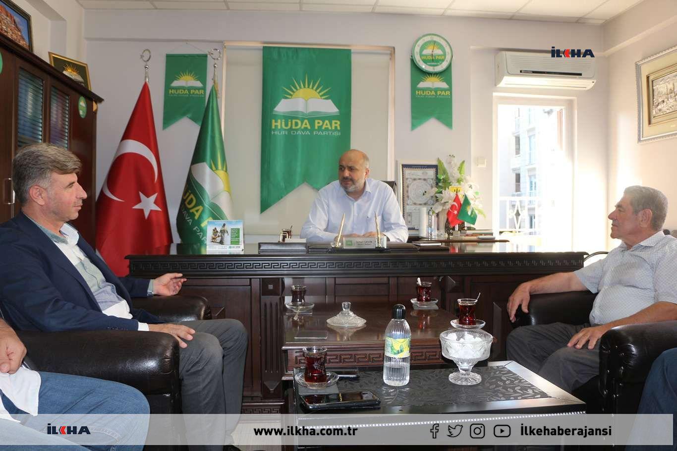 Kayapınar Belde Belediye Başkanı Özhan'dan HÜDA PAR Mardin İl Başkanlığına ziyaret
