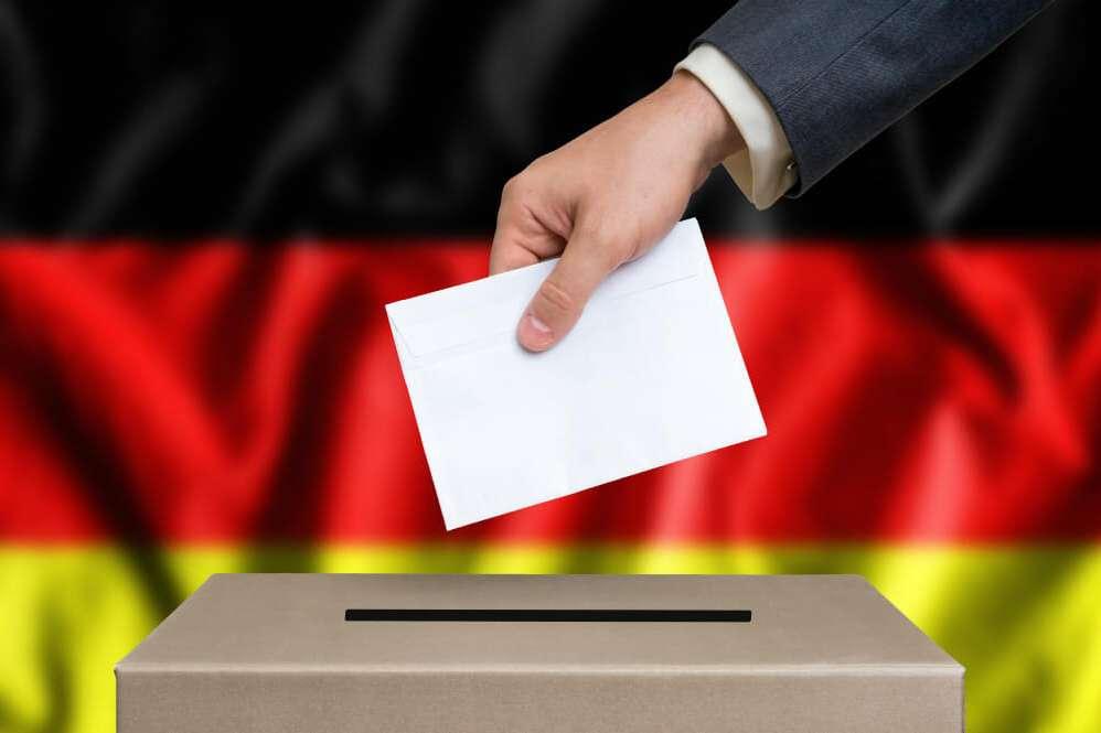 Almanya pazar günü seçime gidiyor