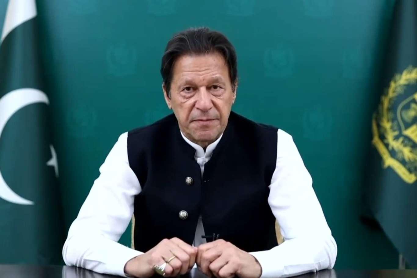 Pakistan Başbakanı Han, Afganistana yardım çağrısında bulundu