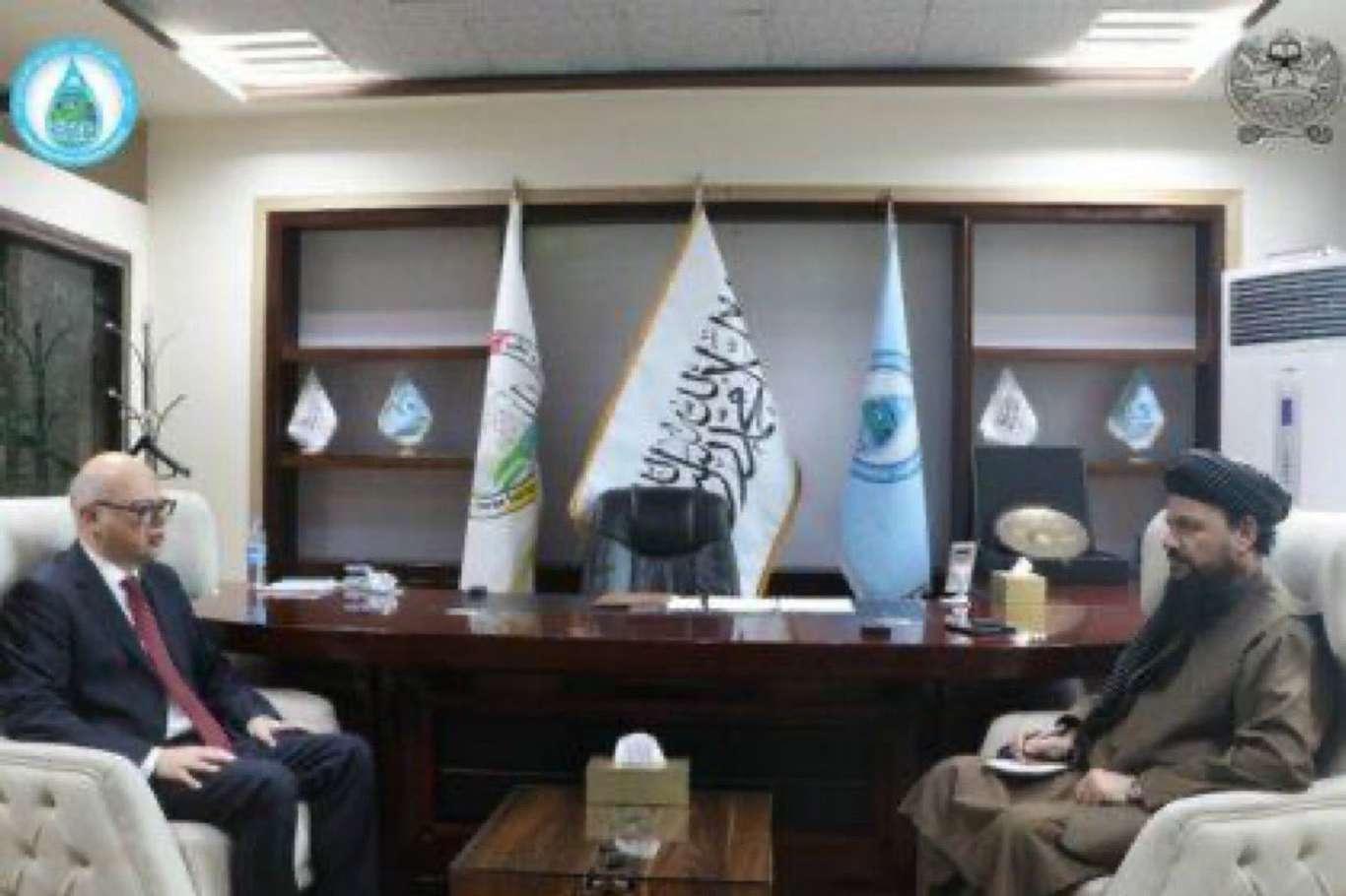 Türkiyenin Kabil Büyükelçisi Afganistanın Başbakan Yardımcısıyla görüştü