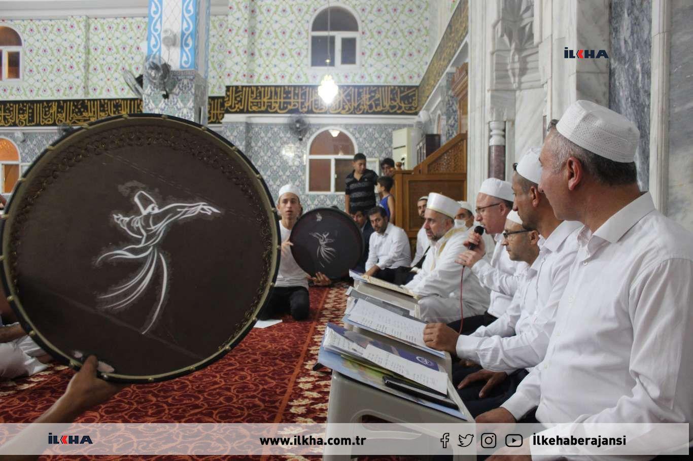 Cizre'de Mevlid Kandili camilerde coşkuyla kutlandı