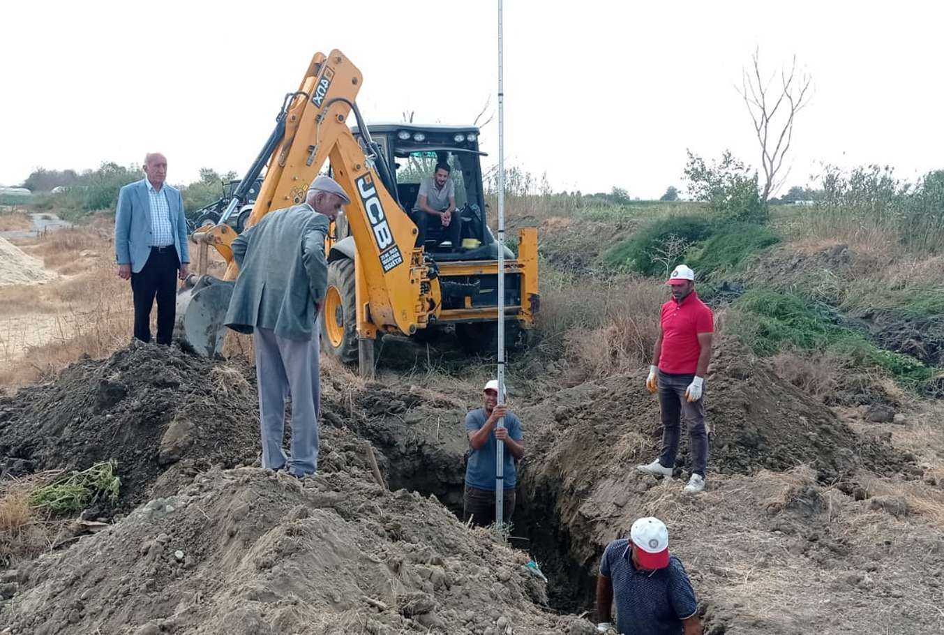 Balpınarda kanalizasyon boru hattı çalışmalarına başlandı